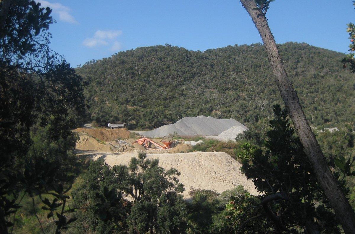 Extracció de minerals a les Gavarres